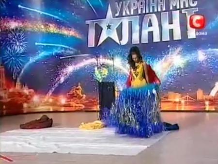«Україна має талант-3» Донецк - Переодевание