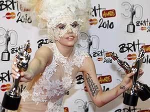 Lady GaGa Brit Awards-2010