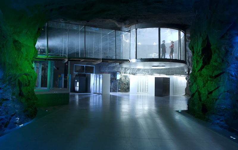 Дата-центр в ядерном бункере!