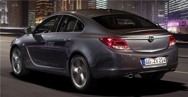 Opel Insignia — а вот и хэтч…