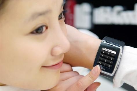 Телефон LG-GD910 в виде часов дебютирует на CES 2009
