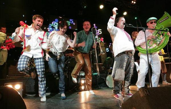 ТІК - Весела пісня (2010)