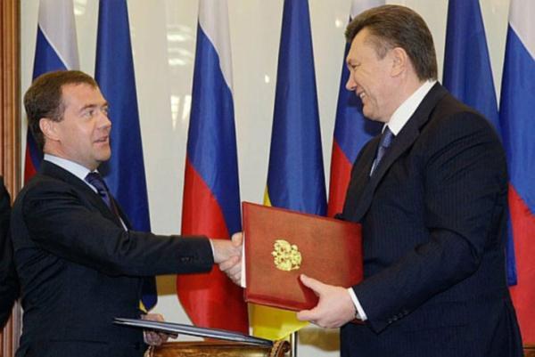 Як Янукович здавав Крим росіянам