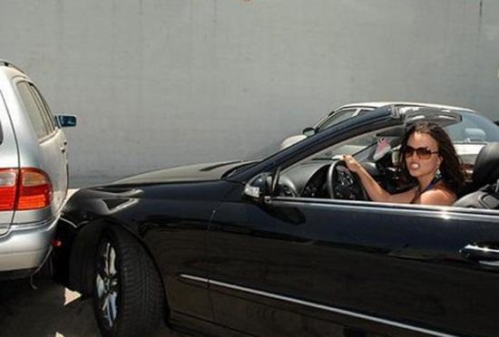 Ученые Доказали, что Женщины не Умеют Парковаться