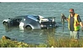 Американец Утопил Bugatti Veyron