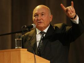 Лужков станет мэром Севастополя