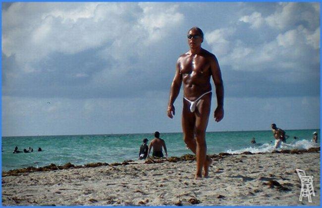 Контингент на пляжах (18 фото)
